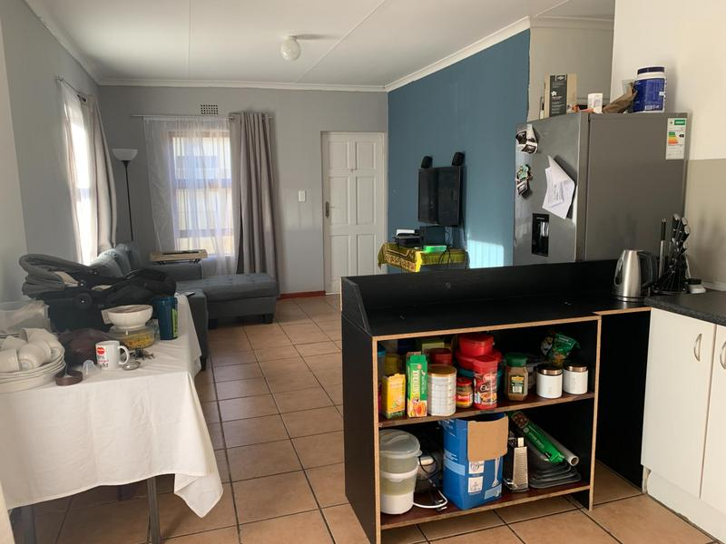 Property For Sale in Rondevlei, Cape Town 13
