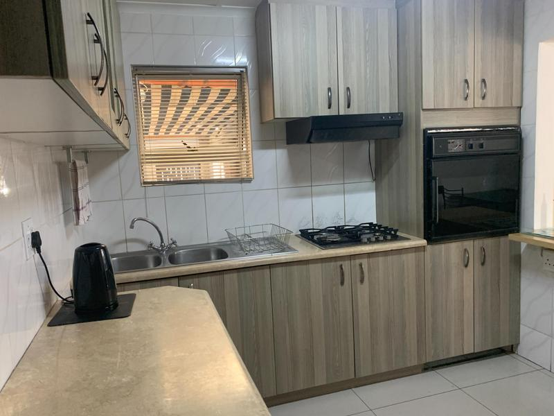 Property For Sale in Rocklands, Cape Town 7