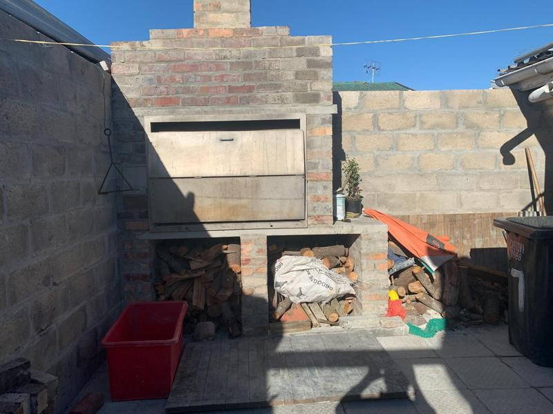 Property For Sale in Rocklands, Cape Town 28