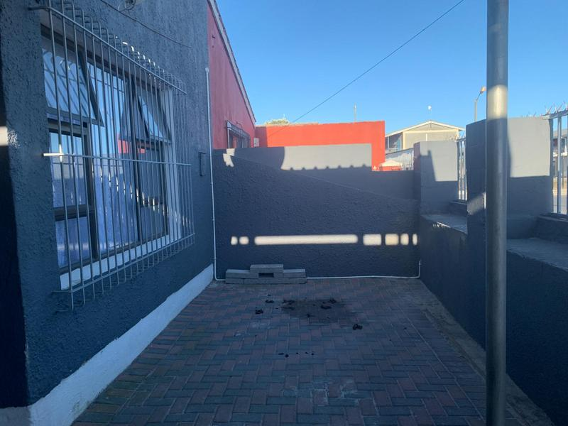 Property For Sale in Portlands, Cape Town 4