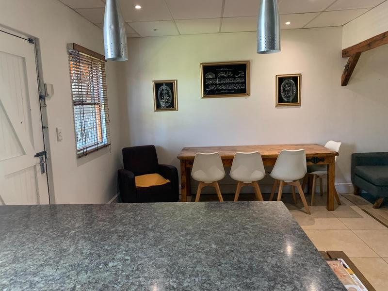Property For Sale in Pelikan Park, Cape Town 19