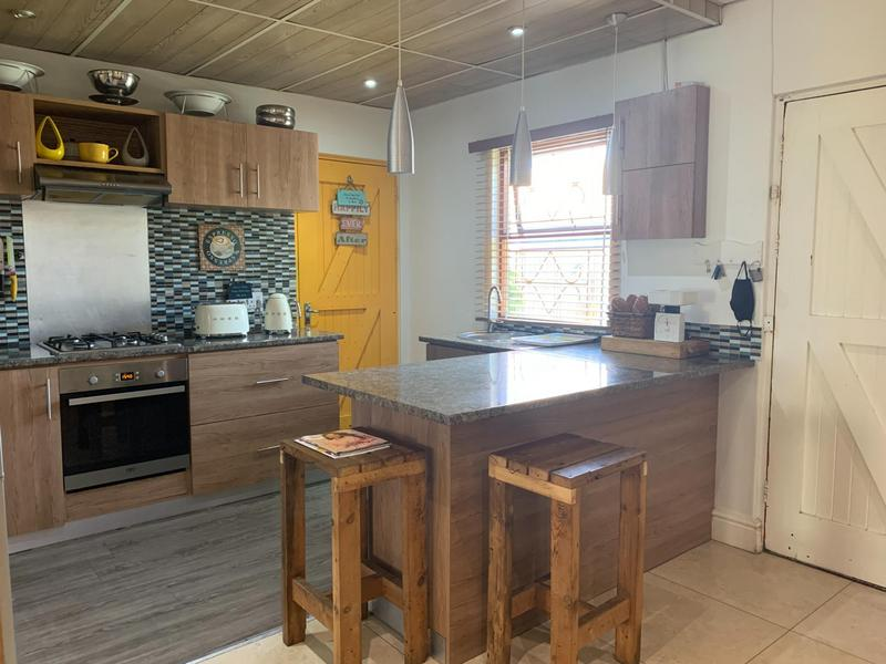Property For Sale in Pelikan Park, Cape Town 15