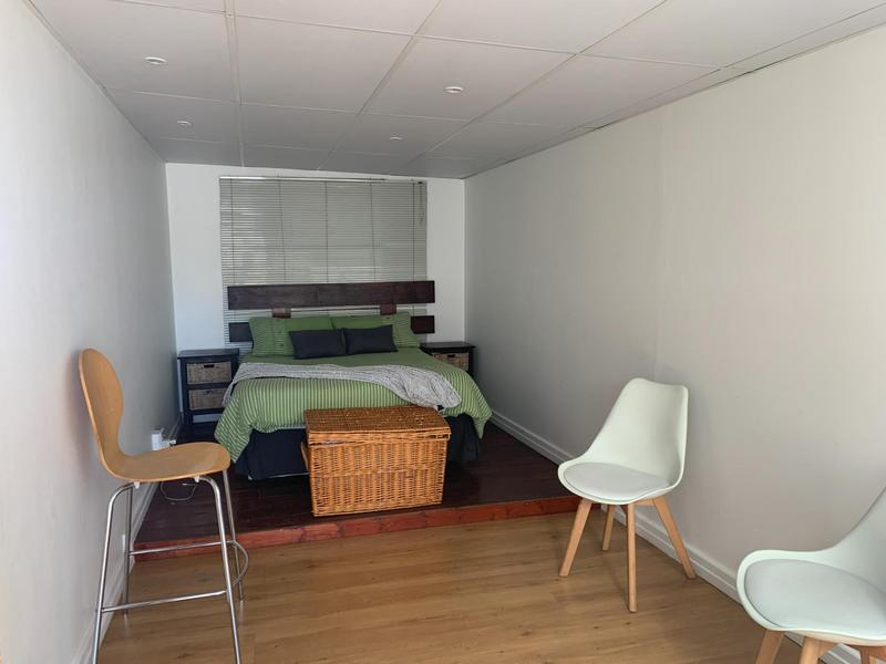 Property For Sale in Pelikan Park, Cape Town 25