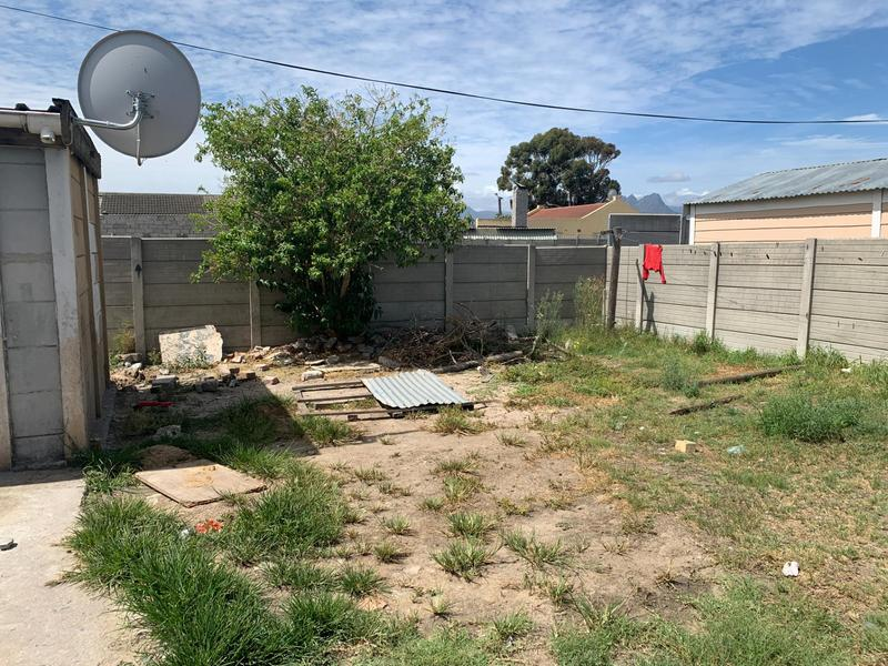 Property For Sale in Electric City, Eersterivier 9