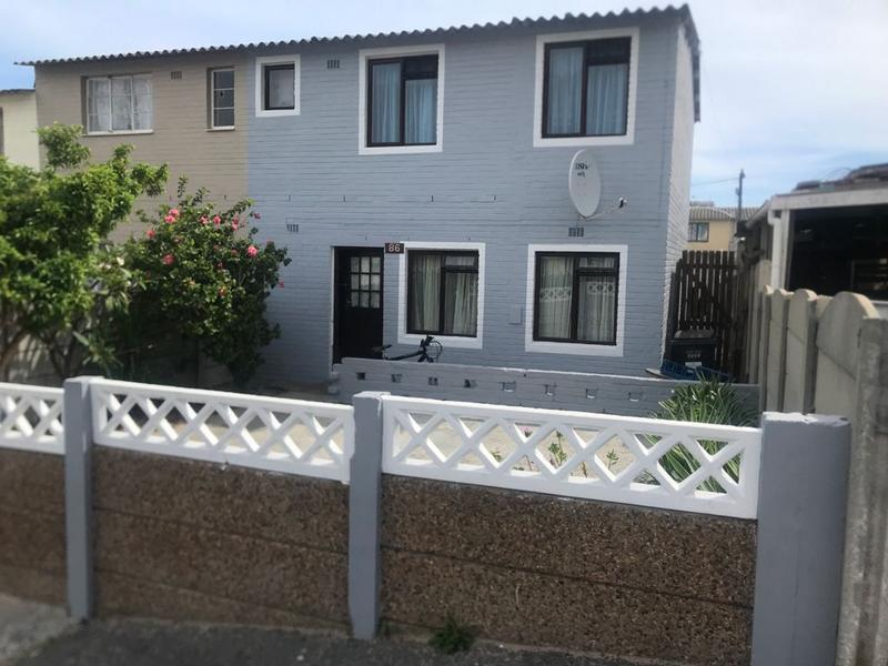 Property For Sale in Ocean View, Cape Town 2