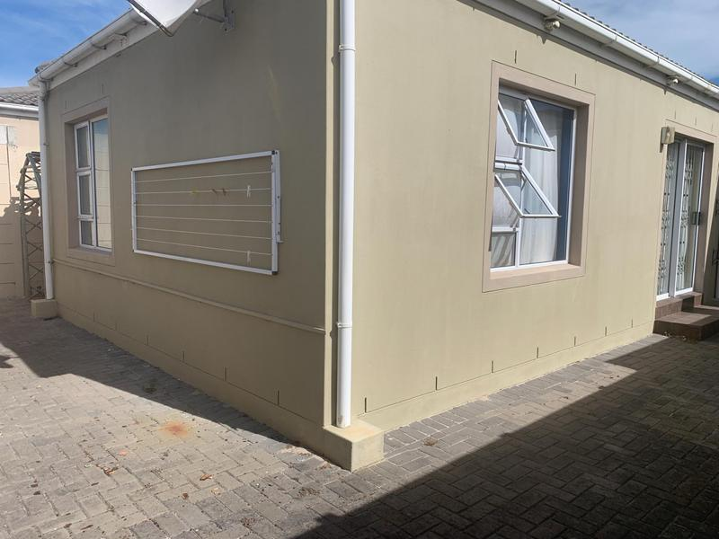 Property For Sale in Muizenberg, Cape Town 21