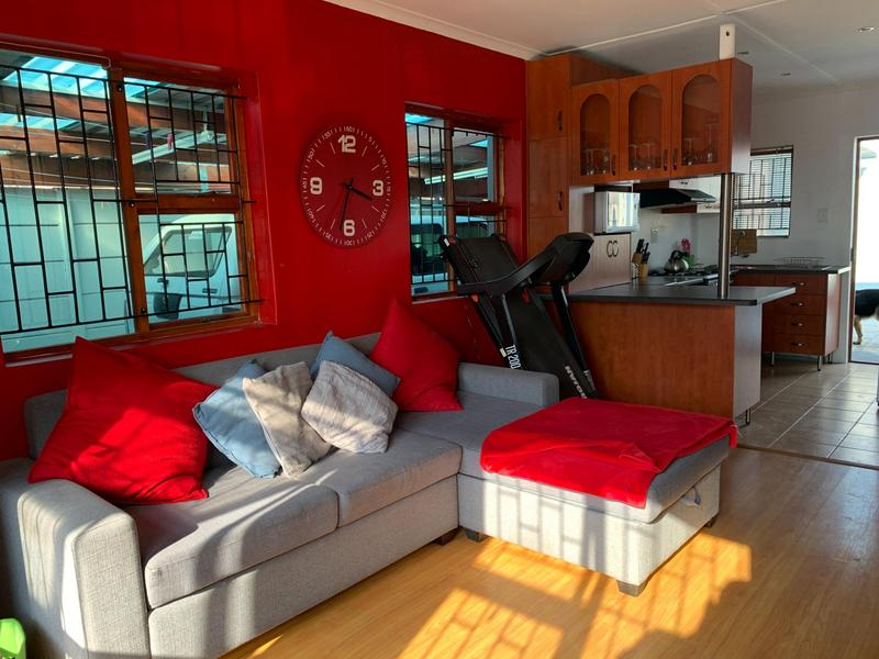 Property For Sale in Rondevlei, Cape Town 20