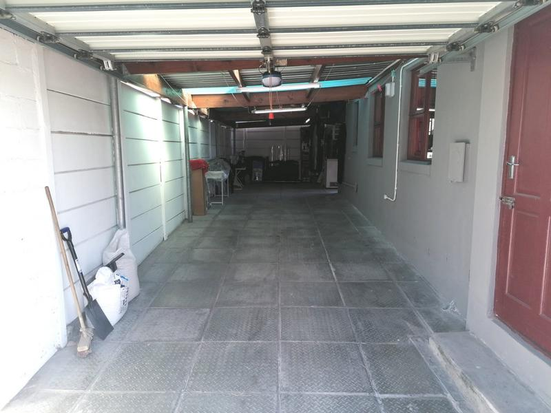 Property For Sale in Rondevlei, Cape Town 27