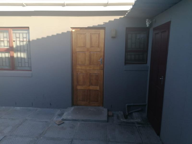 Property For Sale in Rondevlei, Cape Town 30