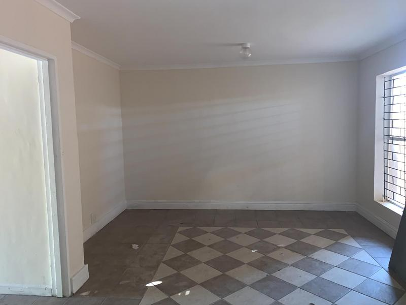 House For Sale in Westridge, Cape Town