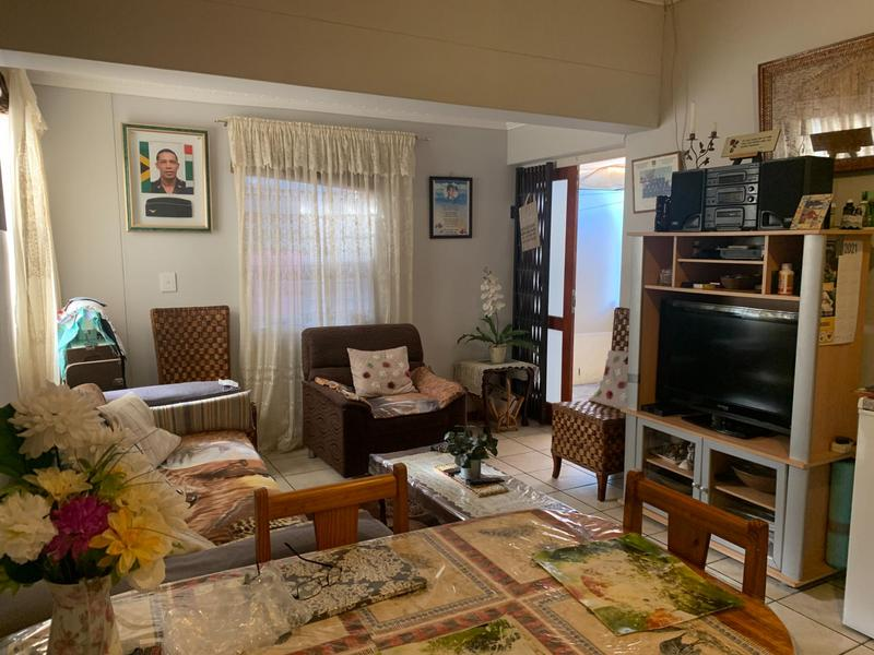 Property For Sale in Rondevlei, Cape Town 9