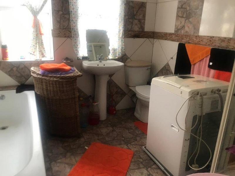 Property For Sale in Electric City, Eersterivier 10