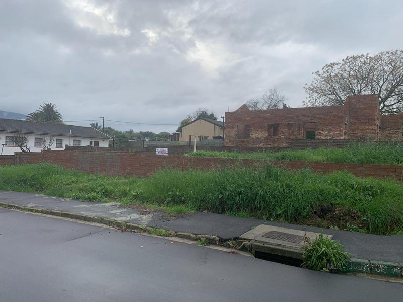 Property For Sale in Langvlei, Paarl 4