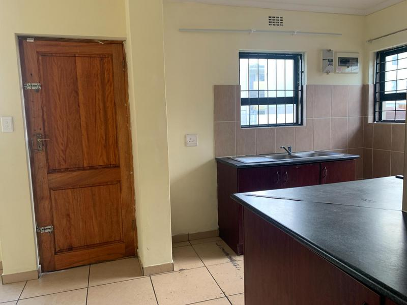 House For Sale in Rugby, Milnerton