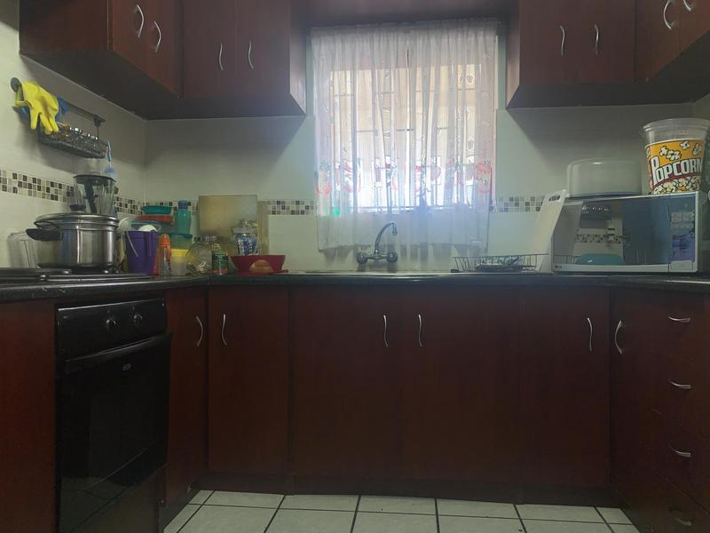 House For Sale in Rondevlei, Cape Town