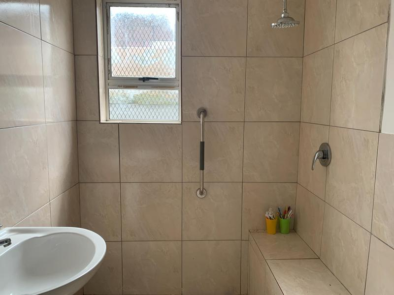 House For Sale in Roosendal, Delft